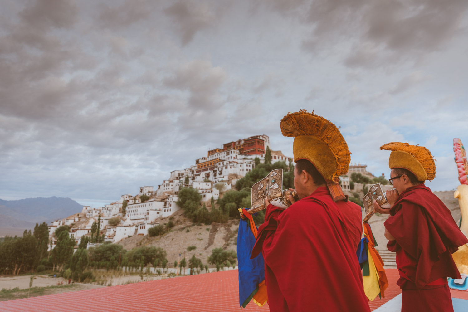 Robbed Tibetan monks each morning sound through Thiksey valley with conch shells